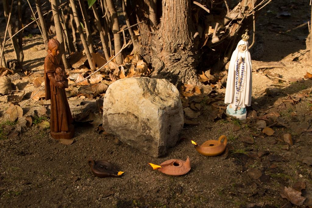 24 Virgen y lucernas